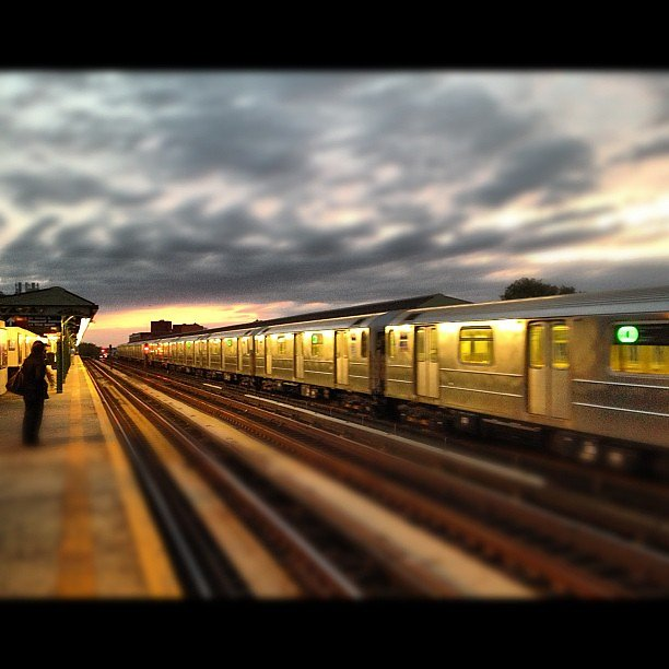 #instanyc #iphone #instany #instagood #instagramers #sunrise #subway #7train #clouds #rain #morning #nyc #newyork